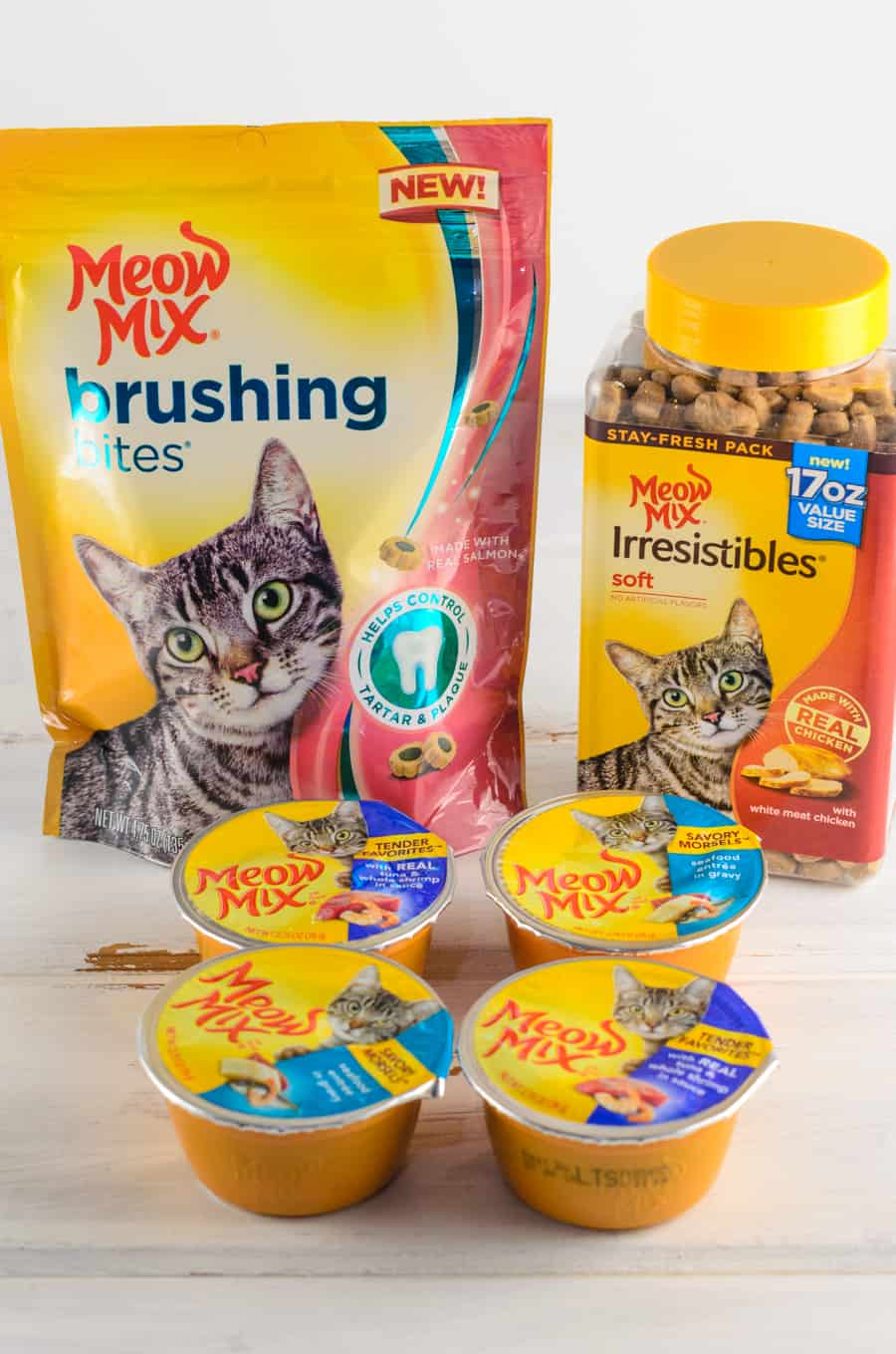 Cat Bored Of Their Food? Mix Things Up With Meow Mix At Target! 1