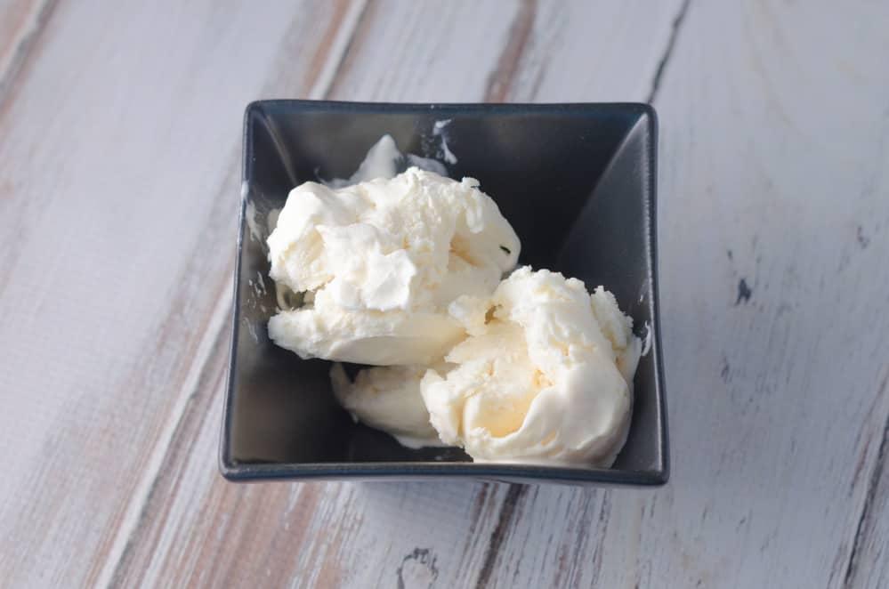 Vanilla No Churn Ice Cream Recipe 3
