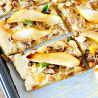 Easy Leftover Turkey and Pear Pizza Recipe